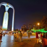 東北解放紀念碑。