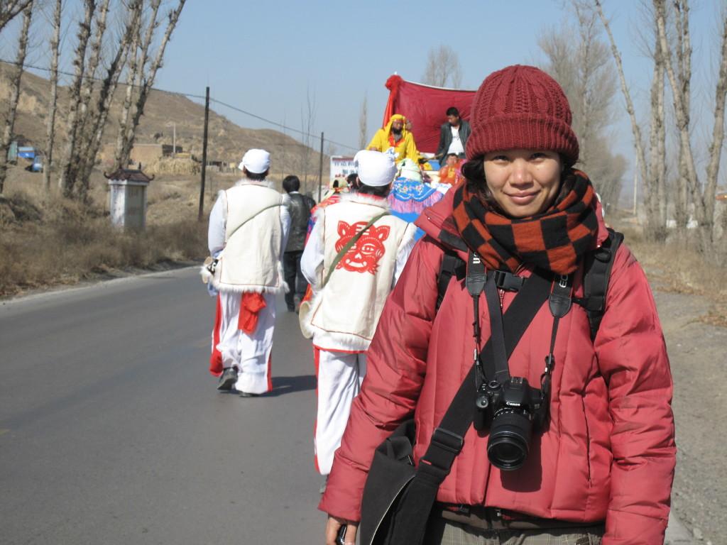 2013年2月陝西榆林市,參與當季盛典牛王會遶境。