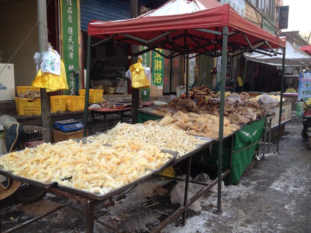 大寺旁邊的羊肉攤。