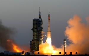 天舟一號成功發射。