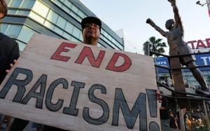 美國民眾抗議種族主義。