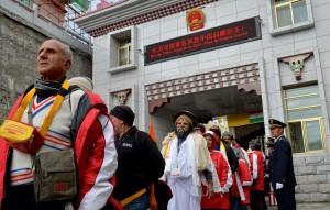 2015年,中印邊境乃堆拉山口開通,標誌著印度香客進藏朝聖新線路正式開通。 (新華社 普布札西 攝)