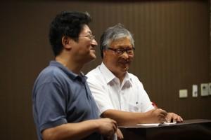 勞動黨副秘書長臧汝興為徐勝翻譯演說內容。