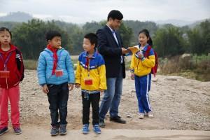 「馬雲鄉村校長計畫」由馬雲公益基金會於2016年7月啟動,旨在以創新形式探索中國大陸鄉村教育模式,培養新一代具有優秀領導力的「鄉村教育家」。(新華社 沈伯韓 攝)