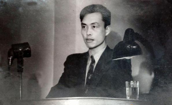 李河民1955年在研究所作學術報告。