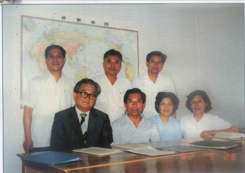 大陸「全國台聯」成立後接待第一批客人,後排左一為徐兆麟。