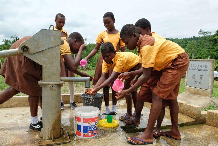 中國大陸援建的水井。