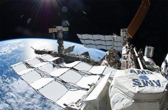 阿爾法磁譜儀主要用於探測宇宙中的奇異物質。
